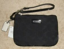 Coach Signature Small Park Wristlet 49471 NWT Jet Black with White Hang Tag