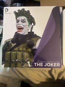 DC COLLECTIBLES DC COMICS SUPER VILLIANS THE JOKER BUST STATUE NEW JIM LEE