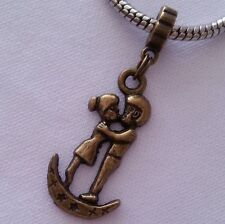 Cute Bronze Tone Kissing Lovers on Moon Dangle Charm Bead fit European Bracelet