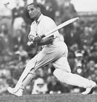 CRICKET OLD PHOTO?Herbert Sutcliffe 1931 2nd Test Match - England v New Zealand