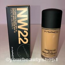 New Mac Foundation Studio Fix Fluid Foundation  SPF 15 NW22 100% Authentic