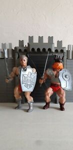 "2 figurines ""VIKINGS WARRIORS"" (HUK) et (GALLANT) Sungold ""Galaxy et Combo"" 80'S"