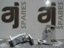 AUDI A4 ESTATE 2013 2.0 TDI PASSENGER SIDE FRONT DOOR HINGES (PAIR)