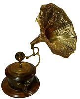 Vintage Theme Antique Collectible Wooden Showpiece Gramophone Phonograph BG 03