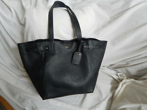 DKNY BLACK LEATHER LARGE CLASSIC TOTE CITY BAG