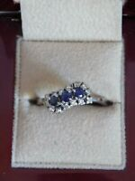 Exquisite 18ct White Gold Diamond & Sapphire Ring . Size R 1/2. Beautiful Piece!