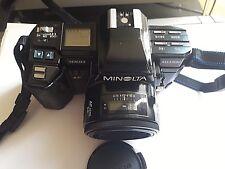 Minolta Maxxum 7000 AF Reflex autofocus analogica a pellicola obiettivo e borsa
