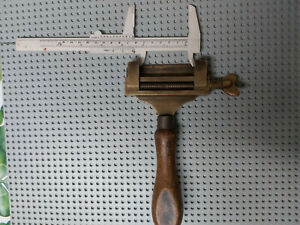old tool-VINTAGE SMALL   clamp