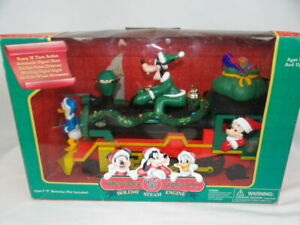Walt Disney World Railroad Holiday Steam Engine Bump 'N Turn Smokes with Goofy
