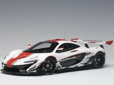 AUTOart McLaren P1 GTR 1:18 81541 Gloss White with Red Stripe