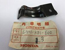 Staffa freccia ant. Dx - Bracket Rh Front - Honda XL125S NOS: 53101-KB1-600