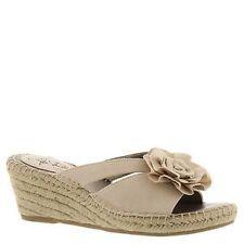 "Med 1 3/4"" to 2 3/4"" Women's Canvas Sandals/Flip Flops"