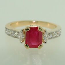 Marquise & Round Diamond & Ruby Ring in 14Kt Yellow Gold 0.35 ctw