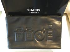 Cadeau Noël : Chanel Trousse Toilette ou Maquillage Noire Motifs Parfums