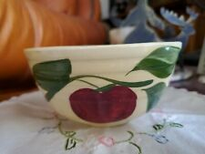 Watt Pottery #05 Ribbed Nappy Bowl Oven Ware 3 Leaf Apple