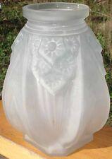 -Vase Art Deco 1930 en Verre Moulé Pressé signé MULLER Frères LUNEVILLE