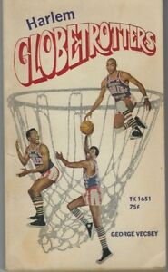 HARLEM GLOBETROTTERS BY GEORGE VECSEY - PAPERBACK, FIRST PRINTING 1970