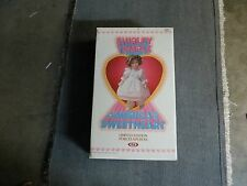 SHIRLEY TEMPLE AMERICANS SWEETHEART LIMITED EDITION PORCELAIN DOLL