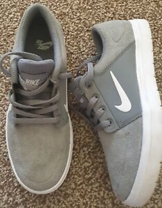 Nike SB Trainers Size 4 Grey White Shoe Worn Once Lightweight boys girls suede