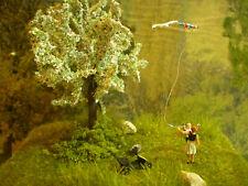 H0 Diorama HO 1:87 zum Bauernhof Dorf Wiese Drachen steigen EINZELSTÜCK