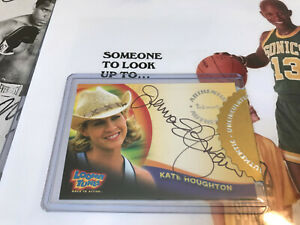 "JENNA ELFMAN auto ""KATE HOUGHTON"" AUTOGRAPH LOONEY TUNES! signed A2 2003 Action"