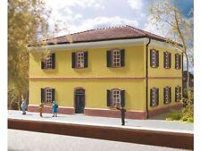 Hornby H0 HC8024 Italienischer Bahnhof Fertigmodell
