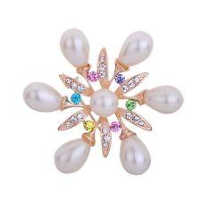 Broschen und Anstecknadeln aus Weißgold mit Perlen
