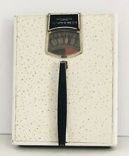 Vintage HEALTH-O-METER White Gold Home Scale 300lbs Weight Capacity MCM