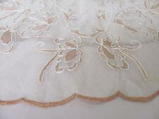 1920s ANTIQUE HAND EMBROIDERED TABLE CLOTH