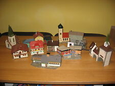 Faller H0 Konvolut 12 Gebäude > Kieswerk, Kirchen.Villa,Stadttor,Bauernhof