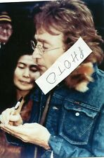 ORIGINAL PHOTO JOHN LENNON, AND YOKO, STANDING IN FRONT OF DAKOTA 11/1980  5 X 7