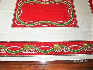 VTG 48X80 RED W GOLD SLEIGH GREEN GARLAND COTTON BLEND CHRISTMAS TABLECLOTH