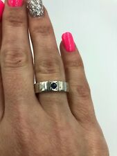 Stunning 925 Sterling Silver Band With Small Blue Accent Stone Ring #166