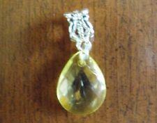 pendentif argenté goutte jaune 17x13 mm