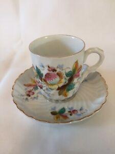 Antique TETTAU ROYAL BAYREUTH German Porcelain China DEMITASSE CUP & SAUCER SET