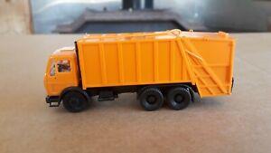 Herpa 806047(?) HO 1:87 Scale Mercedes Benz Garbage Refuse Truck