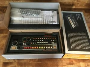 Roland TR08 Rhythm Composer