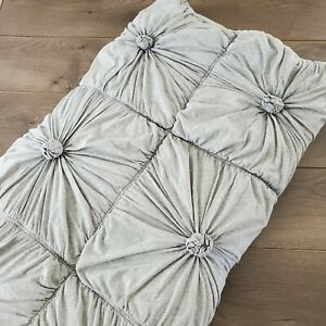 ❤️ Anthropologie Lazybones Organic Cotton Rossette Pintuck Quilt Light Gray TWIN
