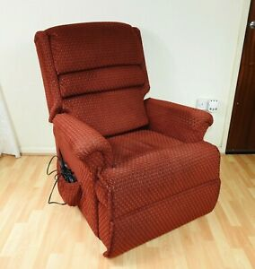 Sherborne Recliner Riser Electric Arm Chair
