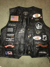 Buffalo Leather Diamond Plate Men's Large Motorcycle Black Vest with Patches EUC