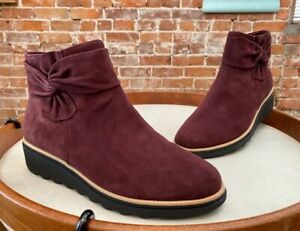 Clarks Aubergine Suede Sharon Salon Bow Comfort Ankle Boots 6 New