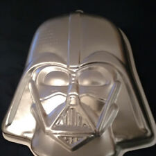 NEW! WILTON DARTH VADER STAR WARS CAKE PAN 2105-3035