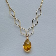 GOLDEN YELLOW FACETED GLASS CRYSTAL GOLD PL diamond shaped DETAIL NECKLACE DM