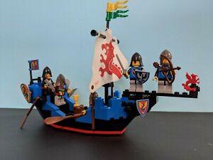 Lego 6057 Black Knights Sea Serpent Vintage Castle lego 5 minifigures