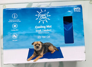 Pet Cooling Mat Cold Gel Pad Comfortable Cushion for Dog Cat Puppy Cool Medium