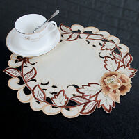 1/4x Embroidered Foral Cutwork Round Placemat Table Doily Mat Banquet Party Deco