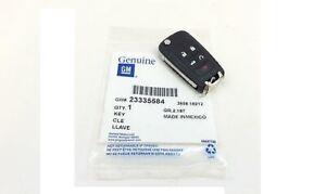 Chevrolet Camaro Malibu Remote Key Fob w/ Uncut Key new Genuine OEM 23335584