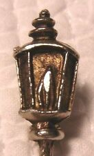 VINTAGE SILVER CHRISTMAS LANTERN LAMP LIGHT TORCH BROOCH PIN