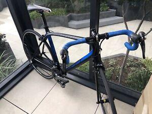 Full carbon Shimano Ultegra 11 speed 56cm