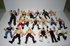 Lot Of 18 Wrestling Figures WWE / WWF / WCW /  action figures